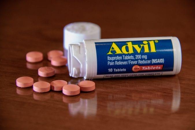 ibuprofen, advil, cannabis, pain relief, arthritis, pain, CBD, THC, cannabinoids, medicine