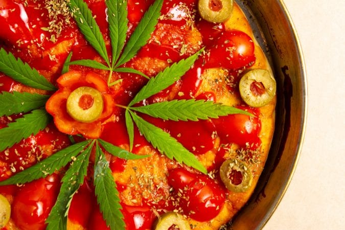cannabis, pizza, pasta, pesto, smoothies, juicing, cannabinoids, cannabis leaves, cannabis buds, raw cannabis, health benefits