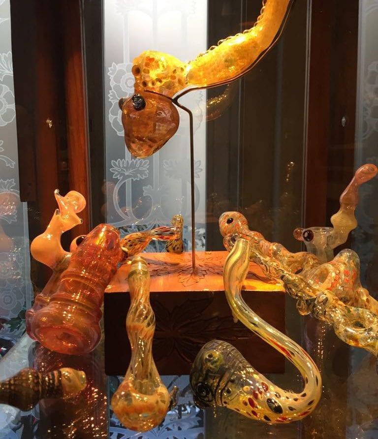 snake vape cannabis museum