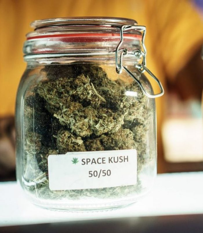 How To Store Cannabis For Maximum Flavor and Freshness