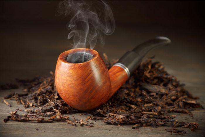 tobacco pipe smoking