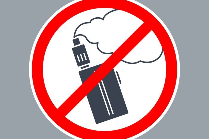 sign saying no vaping