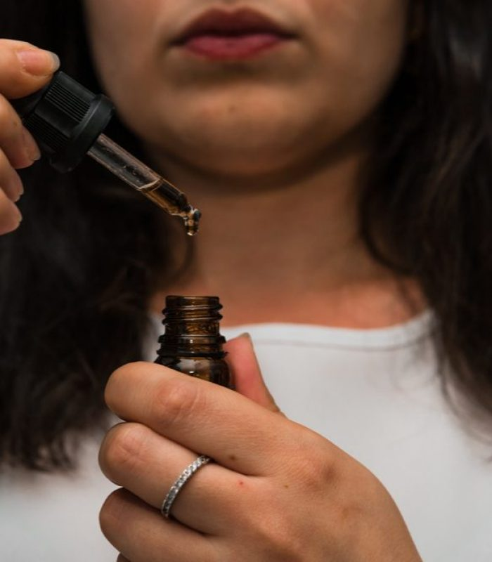 For New Cannabis Patients: How to Consume Cannabis Oil