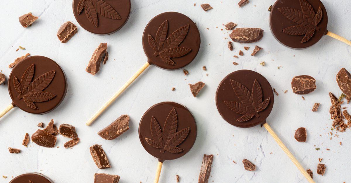 7 Best Cannabis Cookbooks for the Ganja Gourmet Chef